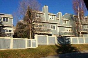 Strathcona Parke 27-448 Strathcona Dr SW