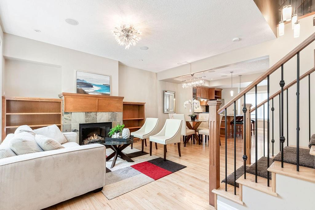139 Couture Cres SW